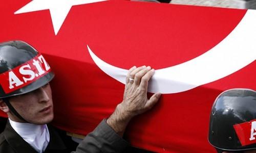 <b>Türkiyədə partlayış - <font color=red>8 ölü, 9 yaralı</b></font>