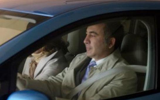 <b>Saakaşvili ailəsi ilə səs verdi - <font color=red>Fotolar </b></font>