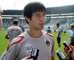 Foqtsun qovduğu futbolçu danışdı