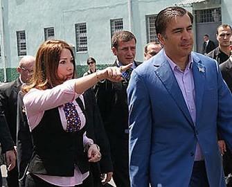 <b>Saakaşvilinin eşq elan etdiyi qadınların siyahısı açıqlandı - <font color=red>Fotosessiya</b></font>