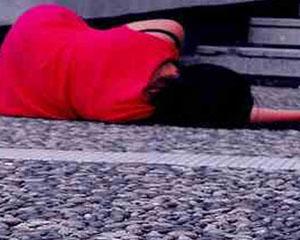 <b>Qara magiya ilə məşğul olan qadın intihar etdi</b>