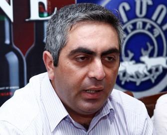 """<b>""""Eldar Sabiroğlu ibtidai hərbi biliklərə belə sahib deyil"""" – <font color=red>Düşmən cavabı</b></font>"""