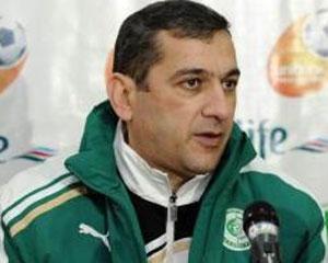 <b>Yunis Hüseynov istefasından danışdı</b>