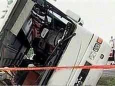 <b>Zabratdakı dəhşətli avtobus qəzasının - <font color=red>Videosu</b></font>