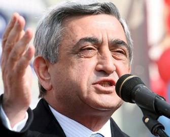 Sarkisyana atəş