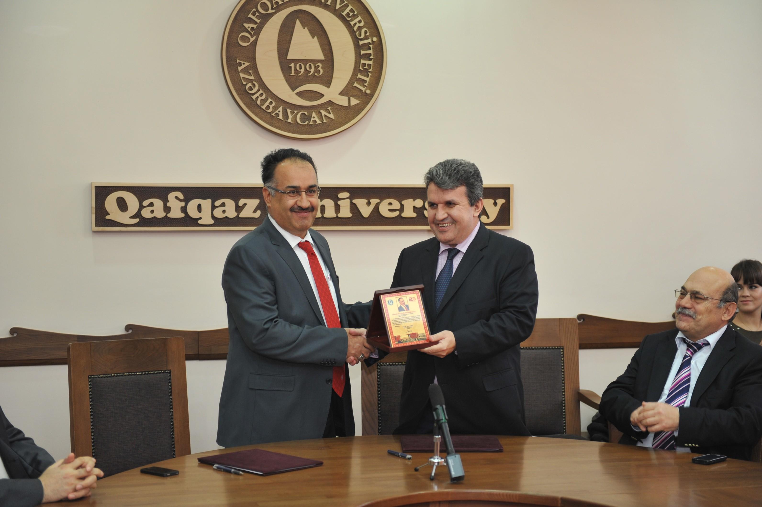 Qafqaz Universiteti ilə İğdır Universiteti arasında memorandum imzalanıb