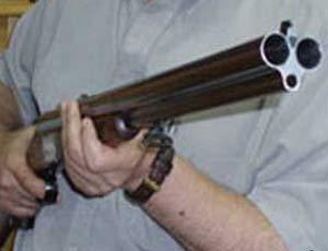 75 yaşında arvadını odlu silahla öldürdü