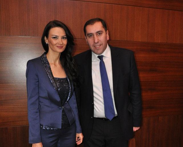 Qənirə Paşayeva İvanişvili hökumətinin rəsmisi ilə görüşdü