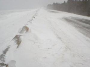 Ağsu aşırımı və Şamaxı-Pirqulu yolu bağlandı