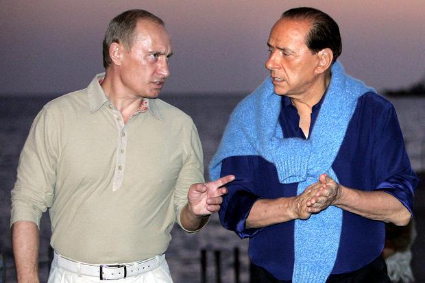 """""""Putinlə qardaş kimiyik"""" – <font color=red>Berluskoni</font>"""