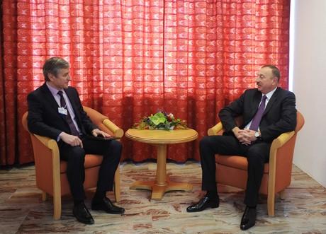 """İlham Əliyev """"Microsoft""""un prezidenti ilə görüşdü - <font color=red>Foto</font>"""