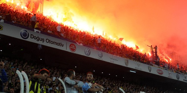 """UEFA-dan """"Fənər""""ə ağır cəza"""