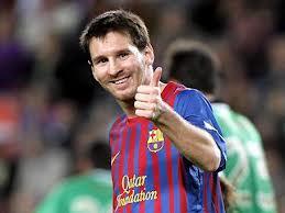 Messi müqaviləsini uzatdı