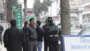 Xaçmazda QHT təmsiliçilərini polis saxladı