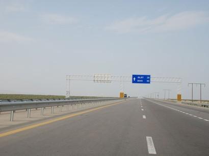 Azərbaycanda uzunluğu 500 kilometrdən çox olan yol tikilib