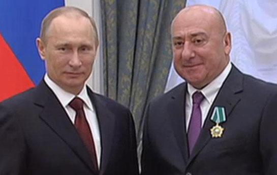 Putin azərbaycanlı direktora mükafat verdi