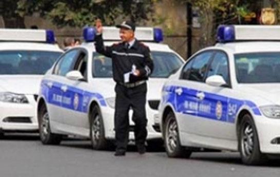 Polisi küçədə sürüyən şəxs tapıldı