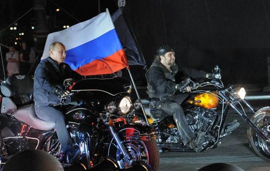 """Putinə  """"Gecə canavarları"""" ilə bağlı - <font color=red>İttiham </font>"""