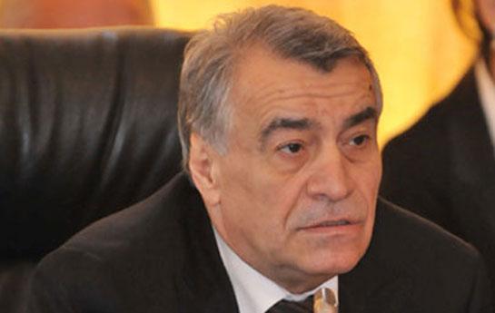 Natiq Əliyev poladdan danışdı