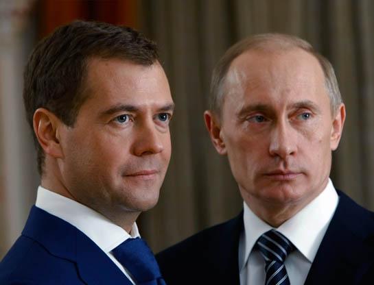 Putin Medvedyevi müavinsiz qoydu