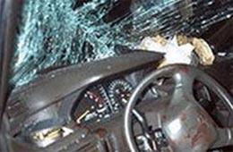 """""""Mercedes"""" hasara çırpıldı"""