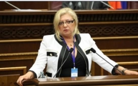 Moldova ombudsmanı mətbuat konfransı keçirib