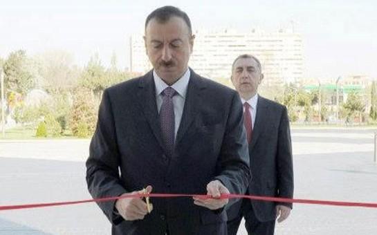 İlham Əliyev yolun açılışını etdi