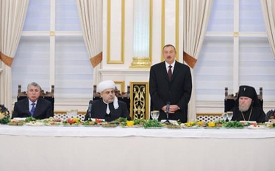 Prezident iftar mərasimində iştirak edib-