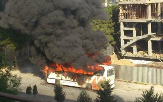 Bakıda avtobus belə yandı-