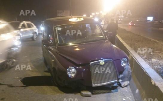 """""""London taksisi"""" qəzaya uğradı-"""