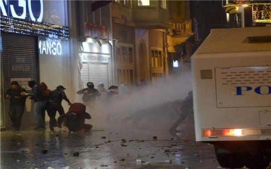 İstanbulda ara qarışdı -