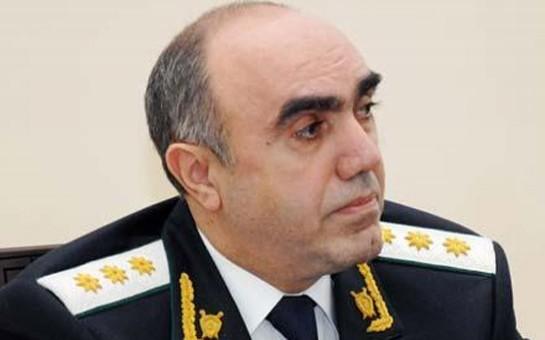 Zakir Qaralov 32 işçisinə töhmət verdi