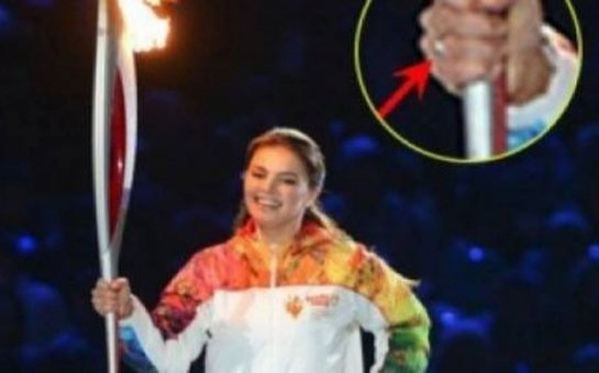 Kabayeva Soçiyə nişan üzüyü ilə gəldi
