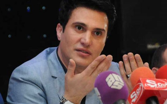 """Nadir Qafarzadə """"Qarabağ""""  mahnısını oxudu"""