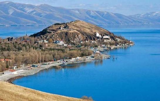 """""""Göyçə gölündən bir damcı su da Azərbaycana getməyəcək""""-"""