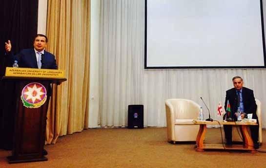 Saakaşvili Dillər Universitetində qonaq olub-