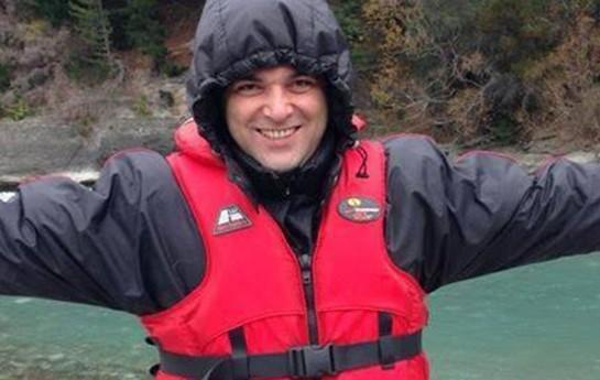 Emin bal ayını Yeni Zelandiyada keçirir-