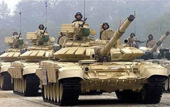 Azərbaycan Rusiyadan 100 tank aldı