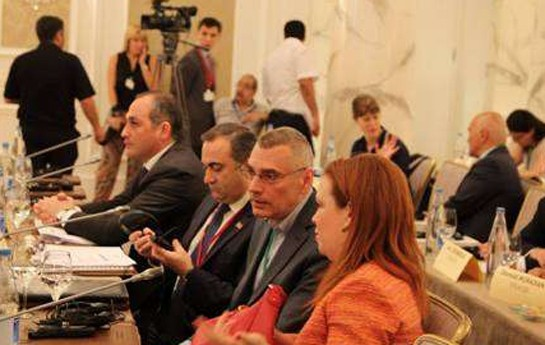 Bakıdan qayıdan erməni deputatdan maraqlı açıqlama