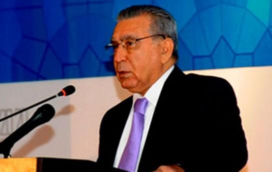 Ramiz Mehdiyev yeni sədri təqdim edir