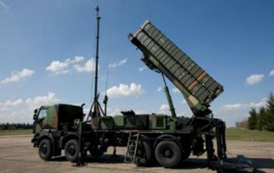 Ukraynada qaçqın karvanı Qrad raketlərlə vurulub