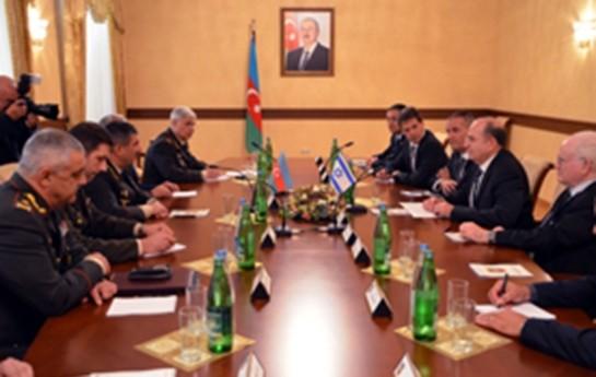 Zakir Həsənov İsrailin müdafiə naziri ilə görüşüb