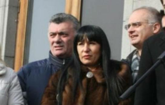 Sarkisyana qarşı çıxan deputat Azərbaycandan pul almaqda ittiham edilir