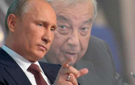 Putin Primakova primus hədiyyə etdi