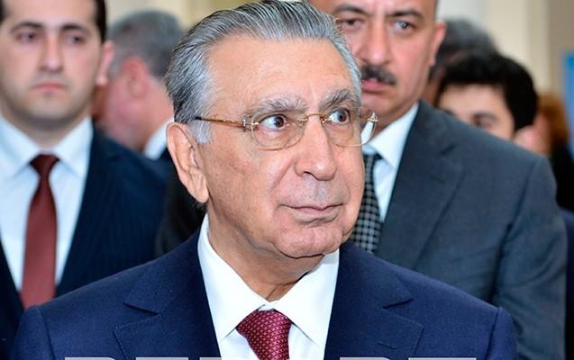 Ramiz Mehdiyev AMEA-nın toplantısında -