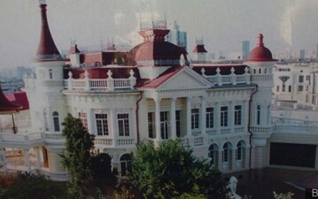 Bakıda 12 milyona villa satan kimdir?