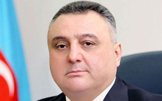 """Mahmudovun """"kölgə kabineti"""""""