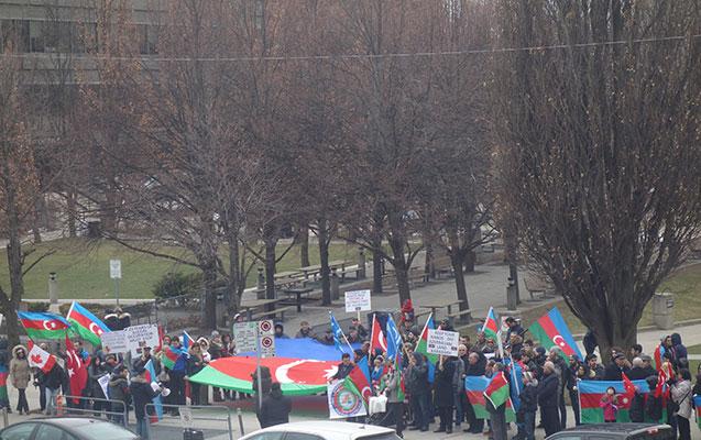 Azərbaycanlılar böyük aksiya keçirdi
