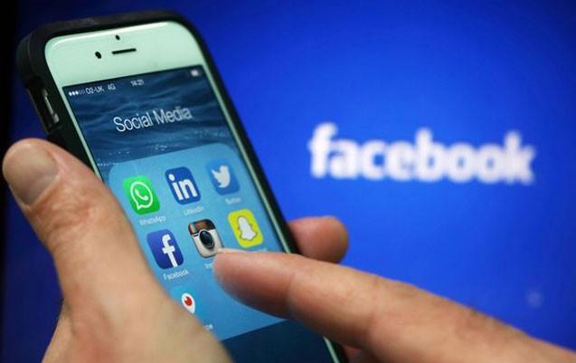"""""""Facebook""""un işində problem yarandı"""