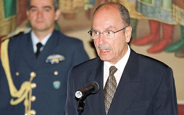 Yunanıstanın eks-prezidenti öldü